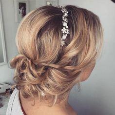 Wedding Hairstyles for Medium Hair | Medium Hairdo | Bridal Hairstyles | Bridal makeup for Medium Hair