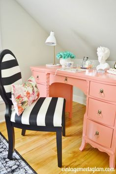 Antique style meets design classics in this home office makeover from @jolieadionne of Vintage Meets Glam! We love the DIY blush pink painted dresser mixed with bold black and white stripes, the contrast is simply beautiful.