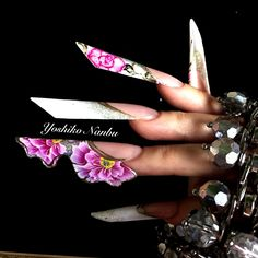 Nail Saloon, Edge Nails, Butterfly Nail, Stiletto Nail Art, Luxury Nails, Flower Nails, Creative Nails, Nails Magazine, Nail Manicure