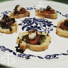 Caprese Crostinis. Beautiful for entertaining and delicious! www.savorthesimple.com