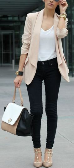 Work fashion includes so much more combination: this can be blazer and pencil skirt or jacket with skinny trousers, a lot of blouses and of course high heels.