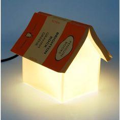 Lámpara Soporte de Libro (y casita) - Tienda de regalos originales QueLoVendan.com