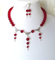 Victoria Kay Moonstone White Diamond Necklace in Sterling Silver (J-K, - Top Drawer Jewelry Pink Jewelry, Amber Jewelry, Fashion Jewelry Necklaces, Beaded Jewelry, Silver Jewelry, Silver Ring, Jewelery, Handmade Jewelry, Red Necklace