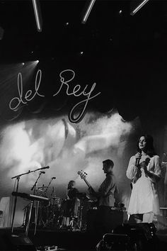 lana del rey performed at montreux jazz festival. cred: twitter