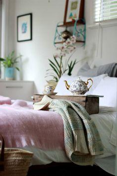 White linen duvet and pillowcases set King size by Lovely Home Idea.