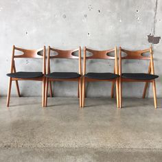 Hans Wegner is a highly collected designer.  This set of 4 Vintage Danish Modern chairs does not disappoint.  They are the highly sought…