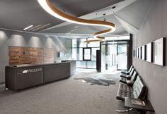 SUPER G   #Prolicht #DARK #lighting #architecturallighting #led #goldenheart #design #interiordesign #colors