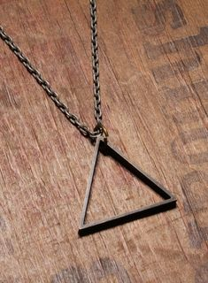 Triangle Necklace - Men's Necklace - Mens Jewelry - Triangle pendant - Silver Chain - Black triangle - Geometric jewelry - gift for men - Men's style, accessories, mens fashion trends 2020 Simple Necklace, Men Necklace, Bracelet Men, Pendant Necklace, Jewelry Gifts, Jewelry Necklaces, Silver Jewelry, Handmade Jewelry, Gold Jewellery
