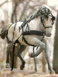 Breastplate Harness on a model horse