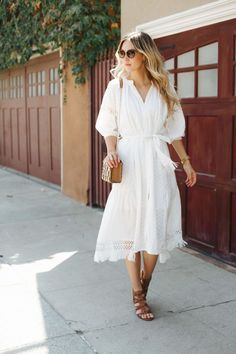 White Dresses to Wear Before Summer Ends – Sheridan Gregory – Street Style Rocks White Dresses to Wear Before Summer Ends – Sheridan Gregory White Dresses to Wear Before Summer Ends – Sheridan Gregory Casual Summer Outfits For Women, Spring Fashion Outfits, Summer Fashion Trends, Simple Outfits, Spring Summer Fashion, Summer Trends, Summer Wear, Next Clothes, Clothes For Women