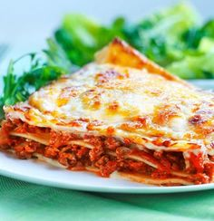 Quorn Lasagne Ready Meal Tasty layers of pasta and Quorn Mince in a herby tomato lasagne sauce, topped off with creamy béchamel and cheese. http://www.quorn.co.uk/food/ready-meals/lasagne-ready-meal/