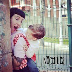 Foto by Noctiluca Trapitos #noctilucatrapitos #porteo #rikinodelamuerte #cute #babywearing