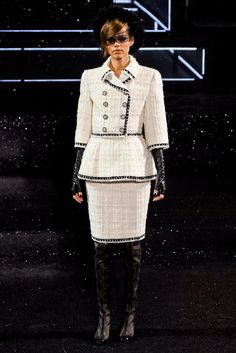 Chanel Fall 2011 Couture Fashion Show - Freja Beha Erichsen