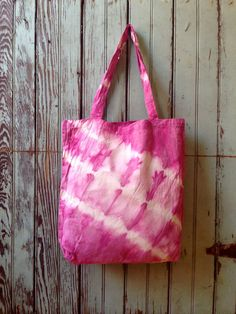 Your place to buy and sell all things handmade How To Tie Dye, How To Dye Fabric, Tye Dye, Cotton Bag, Cotton Canvas, Tie Dye Bags, Diy Tote Bag, Tote Bags, Batik Art