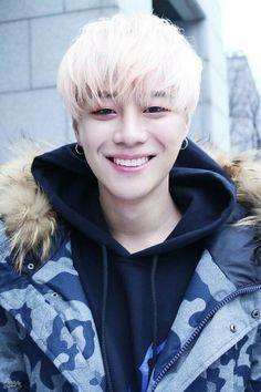 Happy belated birthday to Lee Ui Jin (Eui Jin). Rapper for BIGFLO. * He's a former member of A-Cian under the stage name Lo. K Pop, Korean Celebrities, Celebs, Lee Je Hoon, Culture Industry, Boys Republic, U Kiss, Fandom, Korean Entertainment
