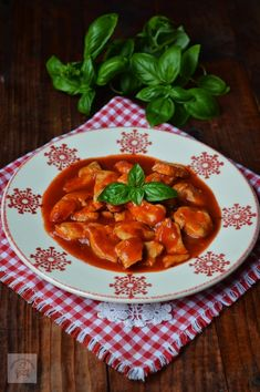10 moduri delicioase in care poti pregati pieptul de pui Romanian Food, Spinach Stuffed Chicken, Yams, Pinterest Recipes, Thai Red Curry, Breakfast Recipes, Food Porn, Food And Drink, Cooking Recipes
