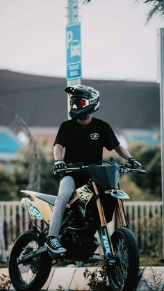 Boy Images, Boy Pictures, Cool Boy Image, Ktm Supermoto, Trail Motorcycle, Motorcycle Wallpaper, Boyfriend Pictures, Boy Photography Poses, Boys Wallpaper