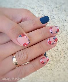 20 simple and cute summer nails ideas Fancy Nails, Trendy Nails, Diy Nails, Cute Nails, Cute Summer Nails, Manicure E Pedicure, Dream Nails, Cute Acrylic Nails, Flower Nails