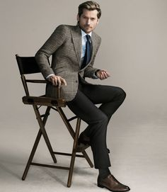 The jacket always outranks pants, shirt, and tie; the busier the pattern, the plainer the rest of your outfit should be. On Coster-Waldau: Two-button linen-silk-and-wool jacket ($1,295), cotton shirt ($145), and wool trousers ($350) by Polo Ralph Lauren; silk tie ($195) by Brioni; leather shoes ($485) by Bruno Magli; cotton socks ($30) by Falke.   - Esquire.com