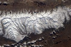 | Twitter  I  Tim Kopra @astro_tim Mar 12 Houston, TX  View of #Utah mountains from @Space_Station . #Explore