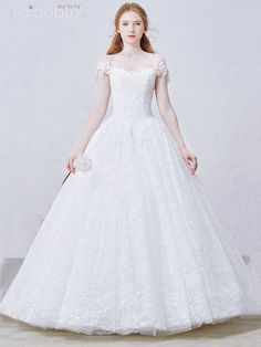 編み上げロングオフショルダーレースプリンセスウエディングドレス Cheap Lace Wedding Dresses, Wedding Dress Styles, Bridal Gowns, Wedding Gowns, Wedding Events, Weddings, Yes To The Dress, Ball Gowns, Wedding Planning