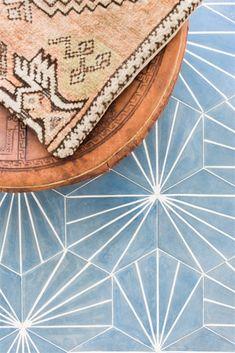 Electra- Ultra Marine Bone, Cement Hexagon Tile Love this for behind mirrors! Cement Tiles Bathroom, Concrete Tiles, Stone Tiles, Tile Bathrooms, Cement Tile Backsplash, Hexagon Tile Bathroom, Modern Bathroom, Interior Design Minimalist, Decor Interior Design