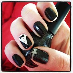 New Years Eve nails, black tie affair