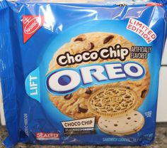 Nabisco Choco Chip Oreos Next New Oreo Flavor Coming Out ! Weird Oreo Flavors, Pop Tart Flavors, Cookie Flavors, Funny Food Memes, Food Humor, Oreos, Sonic Cake, Snack Recipes, Dessert Recipes