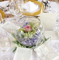 #novarese#vressetrose#ahiyamonolith# wedding #mixcolor #guesttable #natural #vintage # Flower # bridal #james-tei#ノバレーゼ#ブレスエットロゼ#芦屋モノリス#ウエディング #ミックスカラー#ゲストテーブル#ナチュラル#花 #ブライダル#結婚式#ブレスエットロゼ芦屋#ガラスボール#バラ