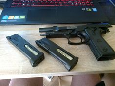 Swiss Arms Beretta P92  +extra mag  Enough to self defense :)