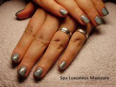 Grijze nagellak manicure #Nagellak #Nagels #Nails