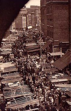 Photograph by László Maholy-Nagy for Mary Benedetta's book, The Street Markets of London, 1936.