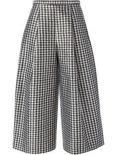 Shop Viktor & Rolf houndstooth wide trousers in Gaudenzi from the world's best independent boutiques at farfetch.com. Shop 300 boutiques at one address.