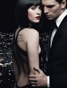 Он был влюблен сейчас во всех красивых женщин, которых встречал, в их силуэты, темнеющие вдали, в их тени на стенах.