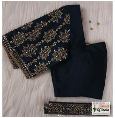 Blouse Back Neck Designs, White Blouse Designs, Traditional Blouse Designs, Hand Work Blouse Design, Stylish Blouse Design, Blouse Neck, Sari Blouse, Wedding Saree Blouse Designs, Silk Saree Blouse Designs