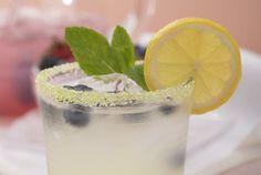 Driscoll's Blueberry Mint Lemonade Recipe   www.driscolls.com