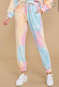 Mar 2020 - 52 Mommy and Me Tie Dye Sweatsuits - Kids Tie Dye Sweatshirts, Sweater Dresses, Sweatpants - Women's Tie Dye Sweatsuits,Cropped Sweatshirts Kids Tie Dye, Kids Ties, How To Tie Dye, Diy Tie Dye Shirts, Tie Dye Shorts, Diy Tie Dye Sweatshirt, Diy Shirt, Cute Sweatpants, Sweatpants Outfit