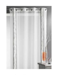 Vendu à l'unité: 145 X 260 cm. Prêt-à-poser, ce panneau est composé de 8 œillets ronds alu posés sur une bande de renfort. Ce voilage, aux rayures revisitées, sera la touche dynamique de votre décoration. Léger, ce voilage blanc apportera une touche de modernité à votre déco et soufflera un vent de fraîcheur dans votre intérieur ! Composition : 84% polyester - 8% acrylique - 7% viscose - 1% polyamide Finition haut : 8 oeillets ronds alu et bande de renfort