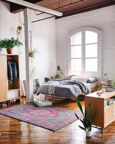Oh hello, loft of our dreams.  Take a tour of UO Brand Marketing Manager @lynnkostelny's amazing apartment on the UO Blog, learn how she takes care of her houseplants, and see her must-try tips for keeping your IG looking its best. #UOHome #USatUO : @annaottum