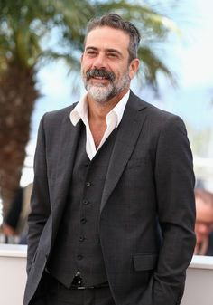 Jeffrey Dean Morgan, who had a recurring role on the WB/CW series 'Supernatural' as John Winchester, has been tapped for a co-starring role in the second season of the Halle Berry fronted summer series 'Extant'. Jefferey Dean Morgan, Gorgeous Men, Beautiful People, Thomas Wayne, Palais Des Festivals, Winchester Boys, Lady And Gentlemen, Cannes Film Festival, Robert Downey Jr