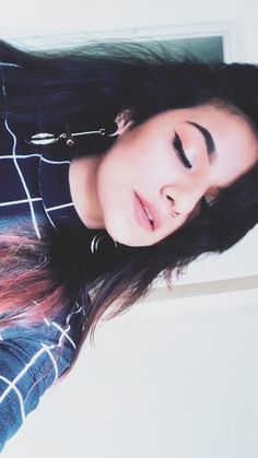 Hundred lies two hundred crime but one crime is for sure loving you and never regret that Girl Photo Poses, Girl Photography Poses, Girl Poses, Amazing Dp, Musically Star, Foto Instagram, Insta Photo Ideas, Teen Actresses, Girly Pictures