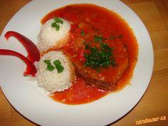 KOTLETY NA PAPRIKÁCH-výborná omáčka-pečená v troubě Czech Recipes, Ethnic Recipes, Snack Recipes, Snacks, Caprese Salad, Thai Red Curry, Stew, Entrees, Good Food