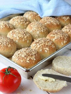 Lindas Bakskola Bread Recipes, Baking Recipes, Cake Calories, Hamburger, Sandwiches, Cookies, Vit, Candy, Instagram