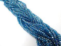 Cristal checo 4 mm, color azul pavo, tira con 150 piezas, $22.00, Precio especial a mayoristas. CÓDIGO: CC4013