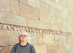 La visita al Santuario de la Barca es obligada si vais a la Costa da Morte en Galicia. No sólo por el arte del propio Santuario sino por las vistas y entorno espectacular de la zona. #Galicia #CostadaMorte #SantuariodelaBarca #Coruña #CaminodeSantiago #artegalego #lugaresúnicos