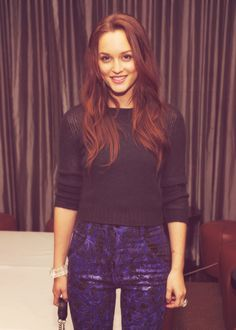 Girl look at that hair... <3 Leighton Meester