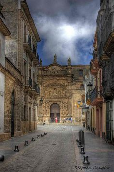 Road leading to Plaza de Espana, EI Puerto de Santa Maria, Andalusia_ Spain Places To Travel, Places To See, Places Ive Been, Santa Maria, Places Around The World, Around The Worlds, Wonderful Places, Beautiful Places, Andalucia Spain