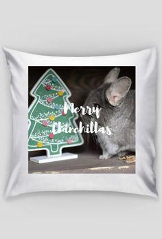 Christmas gift idea for chinchillas fans. Visit store to buy pillow case with chinchillas. | Pomysł na prezent dla miłośnika szynszyli. Odwiedź nasz sklep i kup poszewkę z szynszylą już teraz. (www.uszynszyla.cupsell.pl) #christmas #szynszyla #prezenty #uszynszyla #mrstefano #tshirt #pets #rodent #gift #ideas #inspiration #bożenarodzenie #chinchillas #szynszyle #pillow #decoration #homedecor