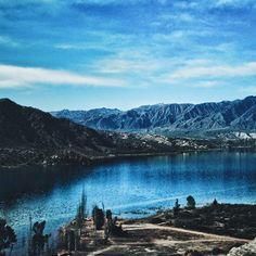 Espejo . . #vsco #vscogood #vscocam #snapseed #snapshot #snap #eyeem #igers #instamoment #hallazgosemanal #city #travel #walk #photography  #instagram  #ig_argentina #moodygrams #moodyxfujifilmx #artofvisuals #bevisuallyinspired #mg5k #argentina  #nature  #createcommune #visualambassadors #lake #mountains #landscape