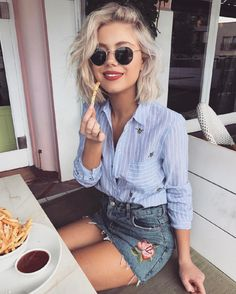 Gorgeous spring denim skirt outfits that inspire (4)